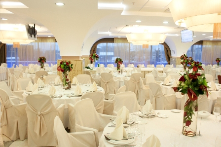 Свадебный банкет в Гамма-Дельта