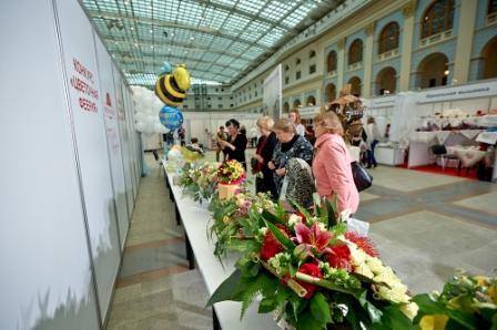 Тенденции в букетах невесты на выставке Индустрия торжества
