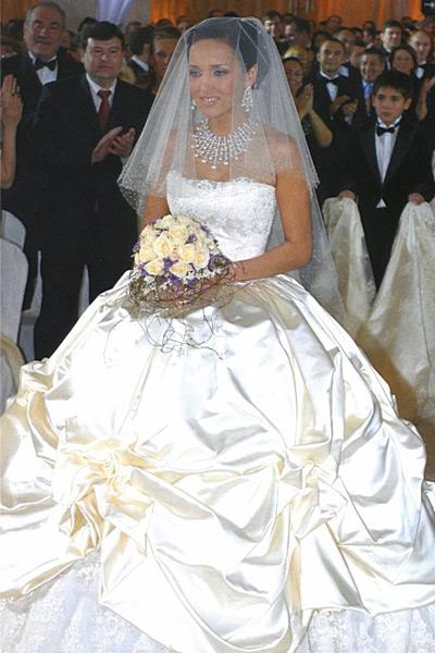 8 лет — жестяная свадьба Алсу