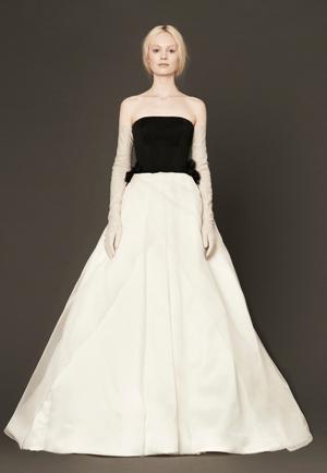 Лучшие свадебные платья сезона 2014