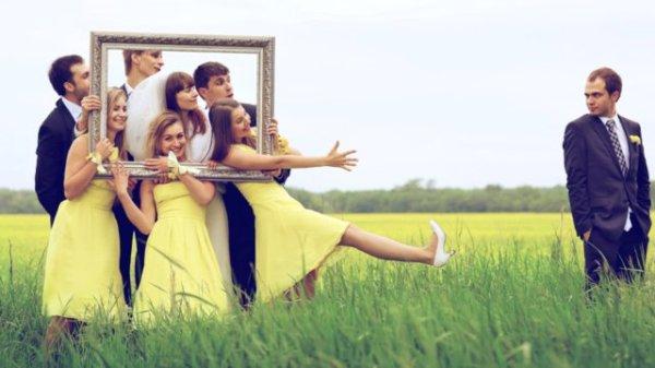 Аксессуары для свадебной фотосессии: рамка