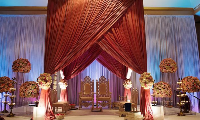 Свадьба в современном индийском стиле