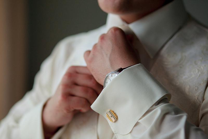 Жених на свадьбе: идеи для стильного летнего образа