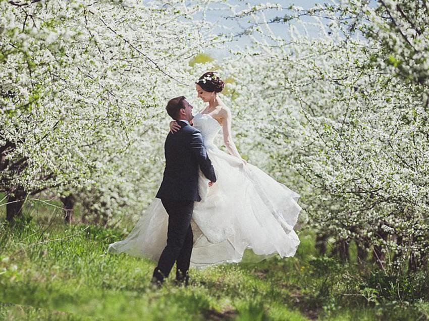 Очаровательная свадьба весной