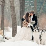 Гости на зимней свадьбе: как одеться