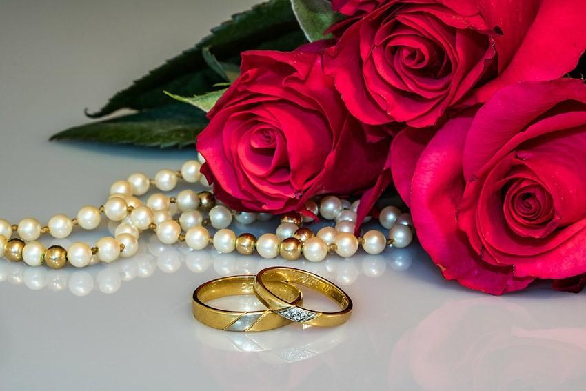 Открытка с цветами с годовщиной свадьбы