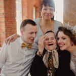 Бабушки и дедушки на свадьбе: как обеспечить им комфорт