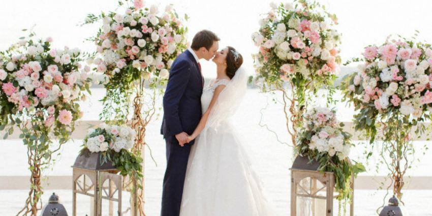 Как составить список гостей на свадьбу: 10 важных вопросов