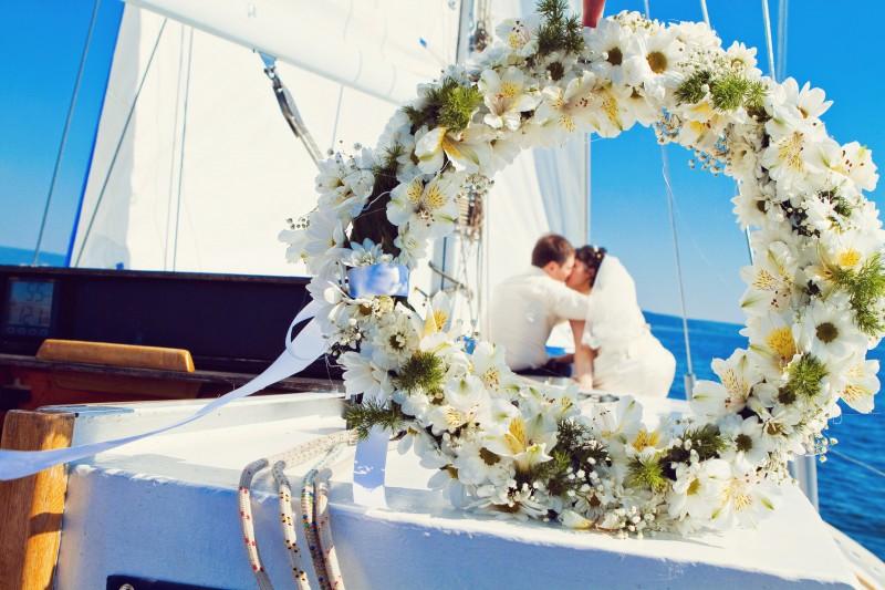 Свадебный банкет на теплоходе: особенности