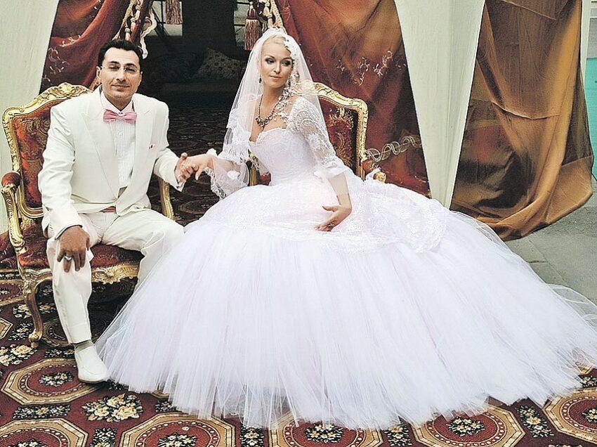 Свадьба Анастасии Волочковой: 1 невеста и 5 платьев