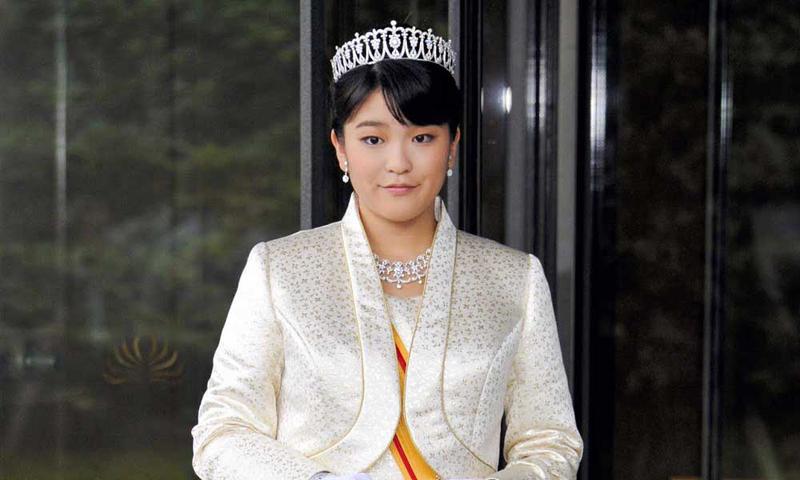 Бесприданница: Принцесса Мако вышла-таки замуж по любви!