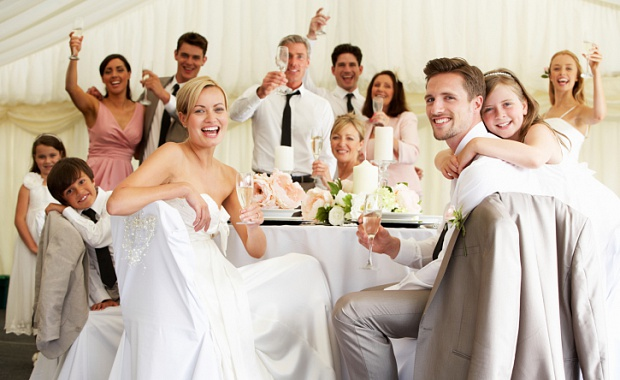 Представить родственников на свадьбу